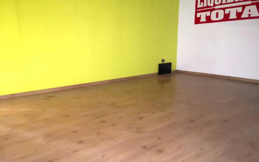 Local en galería comercial El Carrascal